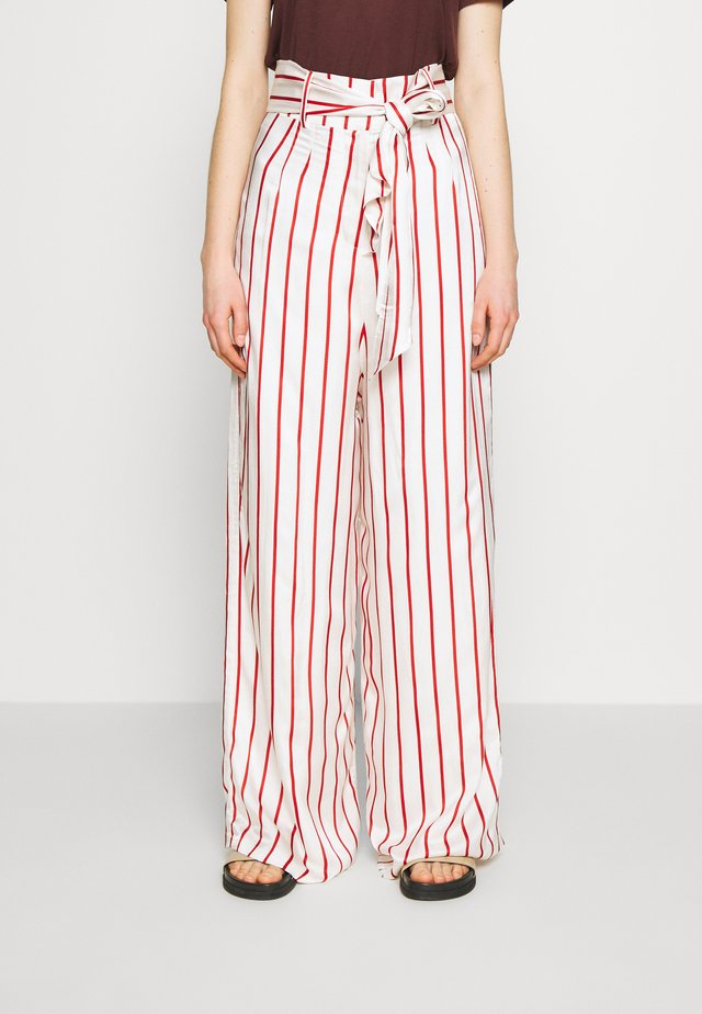 WIDE LEG TROUSER WITH TIE BELT - Pantalon classique - red