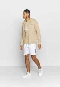 Lacoste Sport - CLASSIC HOODIE JACKET - Jersey con capucha - viennese - 1