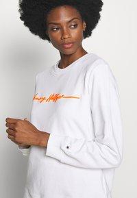 Tommy Hilfiger - ANNIE RELAXED - Sweatshirt - white - 4