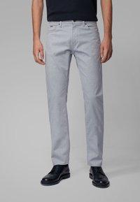 BOSS - MAINE3-10-20 - Straight leg jeans - open blue - 0