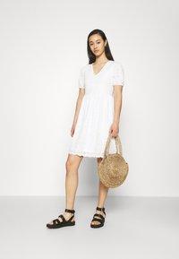 Vila - VITAMARA SHORT BRODERI DRESS - Day dress - snow white - 1