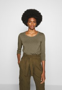 Marc O'Polo DENIM - Long sleeved top - bleached olive - 0