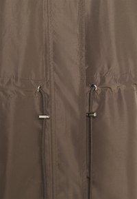 InWear - YOLEE - Trenchcoat - sandy grey - 3