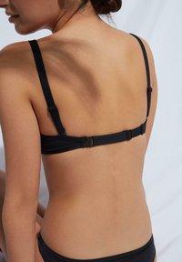 Calzedonia - INDONESIA ECO - Bikini top - nero - 1
