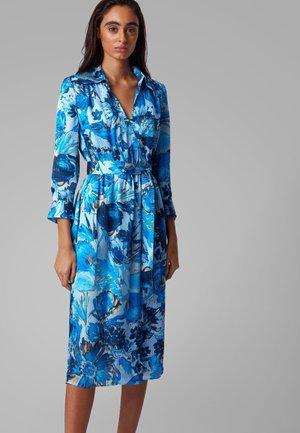 DANTANES - Shirt dress - patterned