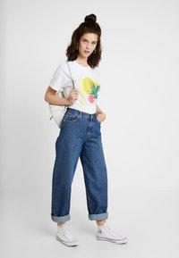 Merchcode - LADIES PLANT ART TEE - T-shirts med print - white - 1