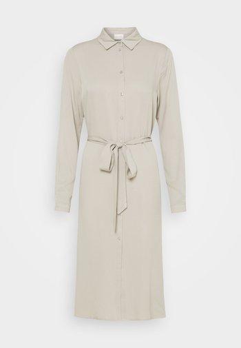 VIDANIA BELT DRESS - Shirt dress - dove