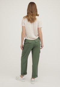 Oliver Bonas - UTILITY  - Trousers - khaki - 2