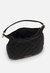 Valentino Bags - OCARINA - Across body bag - nero - 2