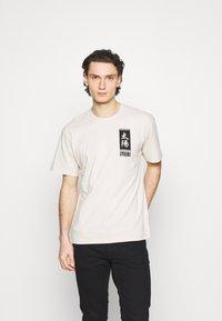 Edwin - TAROT DECK UNISEX - Print T-shirt - pelican - 0