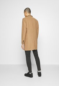Only & Sons - ONSMAXIMUS COAT - Kappa / rock - camel - 2