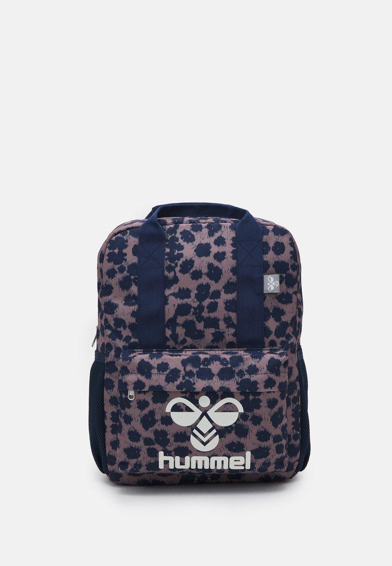 Hummel - FREESTYLE BACKPACK UNISEX - Mochila - twilight mauve