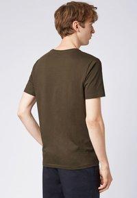 BOSS - LECCO  - Basic T-shirt - open green - 2