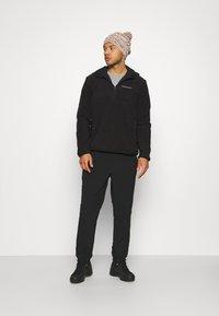 Peak Performance - TECH SOFT - Zip-up hoodie - black - 1
