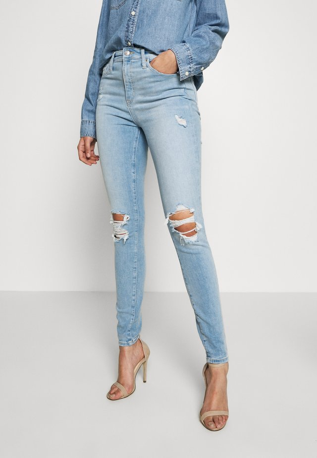 SKIMMER POM DEST - Straight leg jeans - light indigo destroy