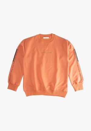 Sweater - light red