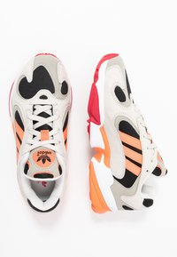 adidas Originals - YUNG 1 - Sneakers - core black/semi coral/raw white - 1