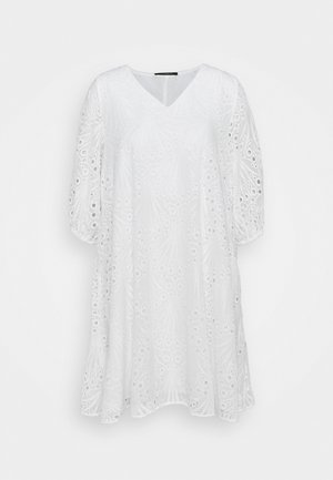 PEACOCK ALLURE - Denní šaty - white