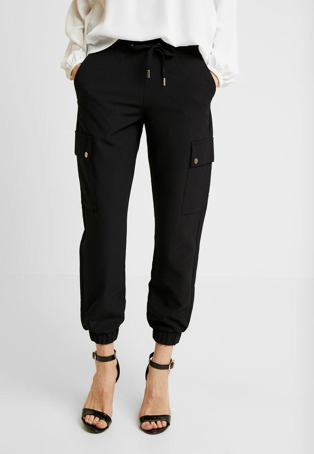 ONLGLOWING CARGO PANTS - Pantalon cargo - black