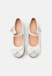 Friboo - Ankle strap ballet pumps - white - 3