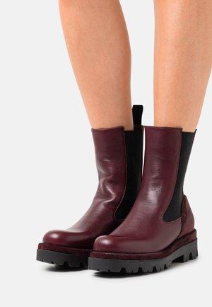 ASTRID - Platform ankle boots - twister magenta