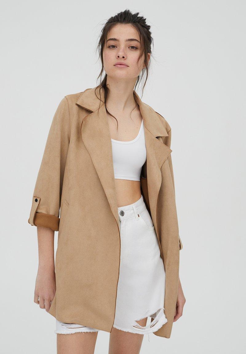 PULL&BEAR - Short coat - mottled beige