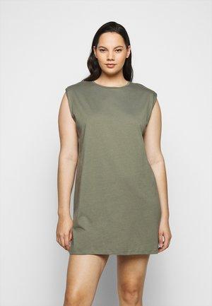 PCLIZ DRESS - Jersey dress - deep lichen green