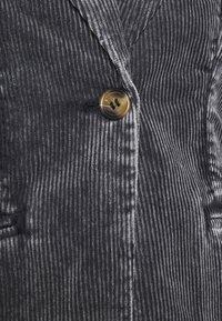 Weekday - RINA BLAZER - Blazer - washed black - 6