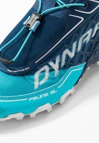 Dynafit - FELINE SL - Trail running shoes - poseidon/silvretta - 5