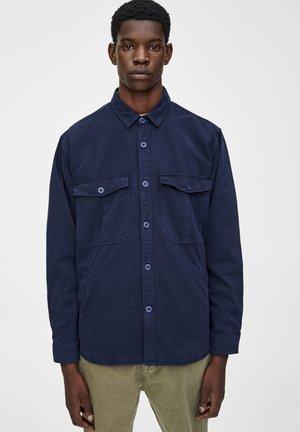 IN MEHREREN FARBEN - Shirt - dark blue
