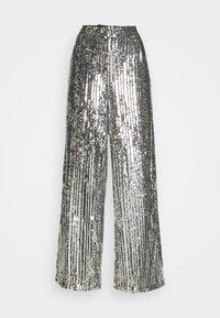 NA-KD - FLOWY PANTS - Pantalon classique - silver - 4