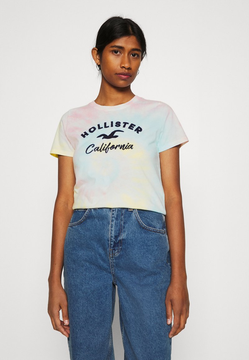 Hollister Co. - TECH CORE - Print T-shirt - dip dye