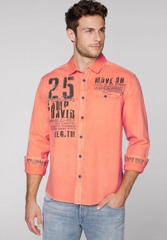Shirt - winter orange