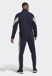 adidas Performance - Cotton TS TRACKSUITS SPORTS TOP:REGULAR-BOTTOM:REGULAR TRACKSUIT - Chándal - blue - 2