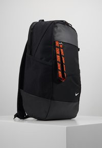 Nike Sportswear - ESSENTIALS UNISEX - Ryggsekk - black/white - 3