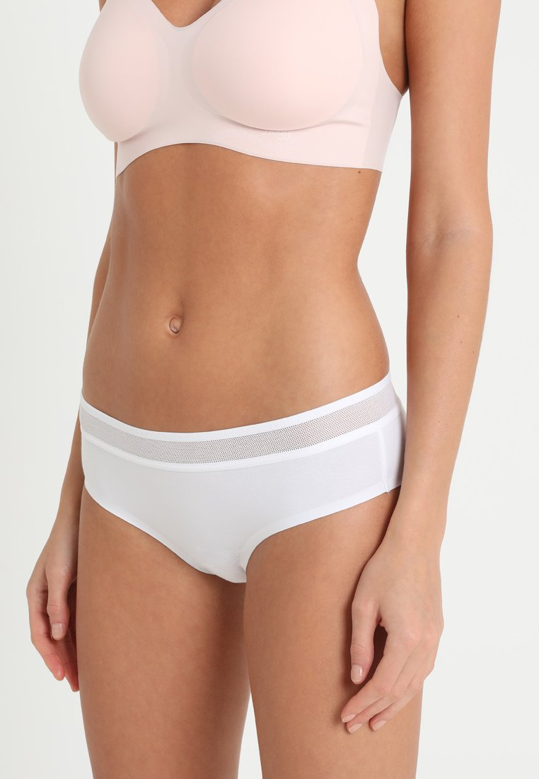 Sloggi - EVER FRESH CHEEKY HIPSTER - Slip - white