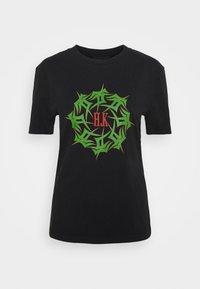 ARTWORK TEE - Print T-shirt - faded black tribal