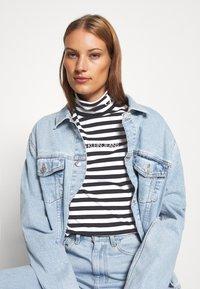 Calvin Klein Jeans - Long sleeved top - black/bright white - 4