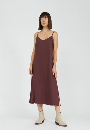 Day dress - aubergine