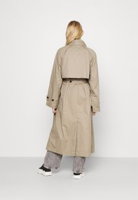 Weekday - TRAVIS  - Trenchcoat - beige - 2
