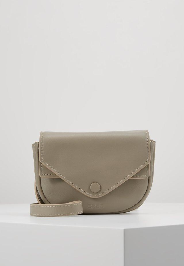 LOFTY TOTE - Tote bag - cobblestone