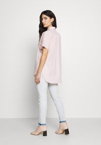 CLOSED - SENNA - Button-down blouse - soft pink - 2