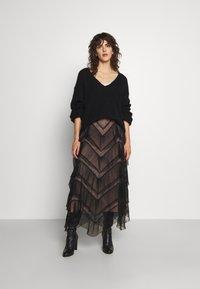 TWINSET - GONNA LUNGA BALZE - A-line skirt - nero - 1