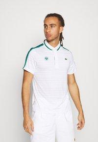Lacoste Sport - TENNIS  - Poloshirt - white/bottle green/navy blue - 0