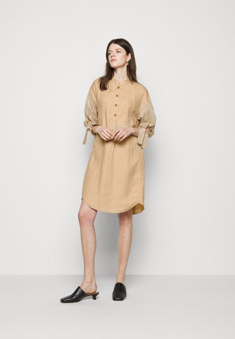 RIANI - Shirt dress - beige