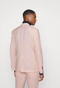 Twisted Tailor - SALSBURY SUIT - Kostym - pale dogwood - 3