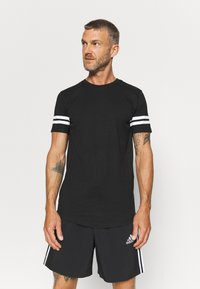 Jack & Jones Performance - JCOZDOUBLE STRIPE TEE 2 PACK - T-shirt med print - black/white - 3