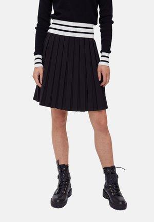 CORTA - Pleated skirt - nero