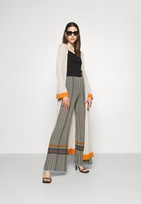 M Missoni - TROUSERS - Trousers - grey/orange - 1