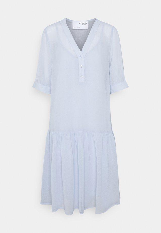 SLFABIGAIL DRESS 2-IN-1 - Korte jurk - arctic ice